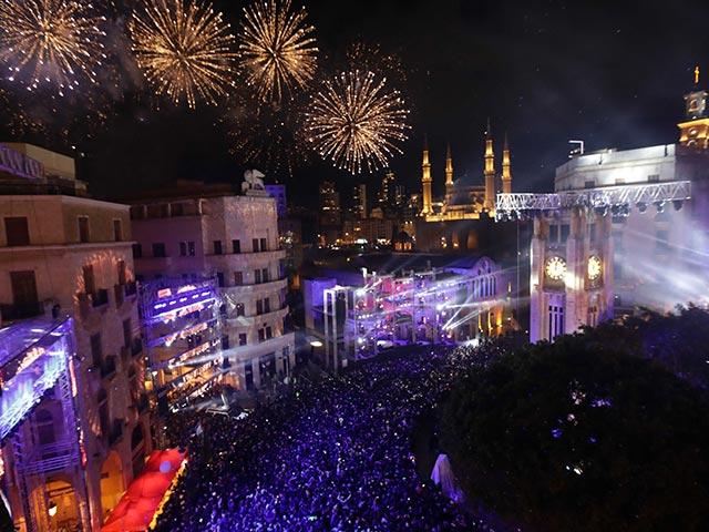 Photo : New Year's Day 2018: दुनिया भर में ऐसे मना नए साल का जश्न