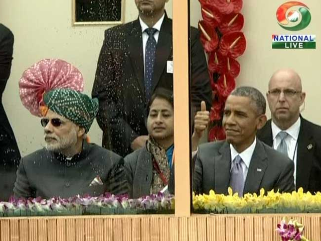 Photo : Thumbs Up from R-Day Chief Guest, President Obama