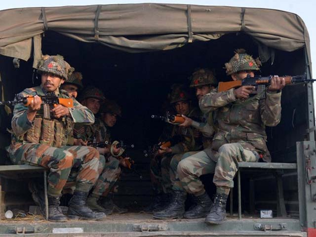Photo : Pics: Day 2 Of The Pathankot Attack