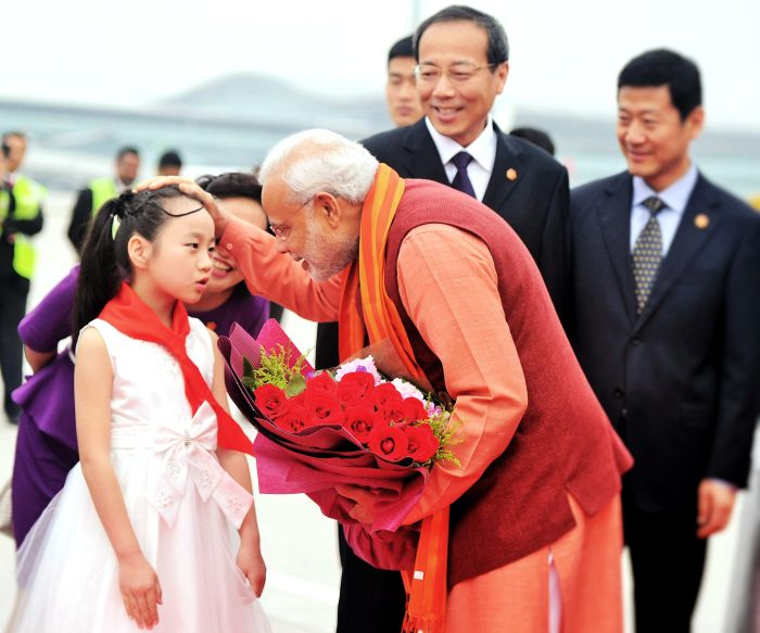 Best Moments of PM Narendra Modi's First Day in China