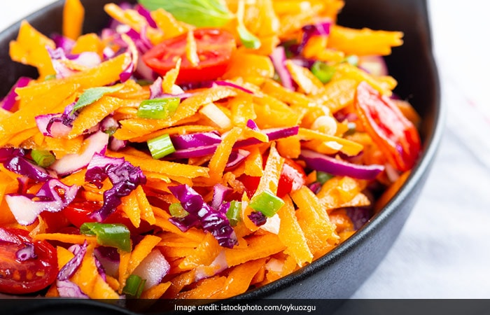 POSHAN Maah: Five Foods That Can Help Manage Mental Stress During COVID-19 Pandemic