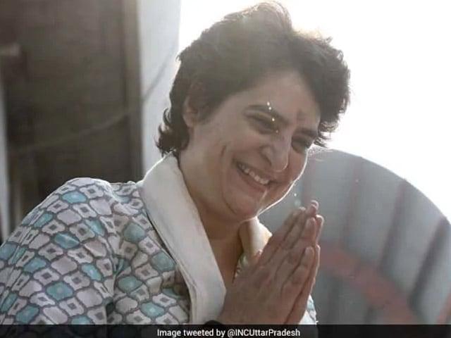 Photo : मिशन यूपी पर निकल पड़ी हैं प्रियंका गांधी