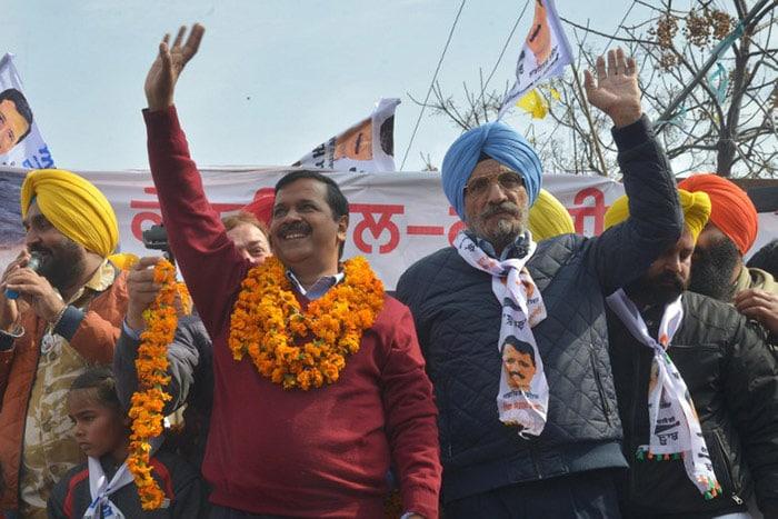 पंजाब चुनाव 2017 में किसको मिलेगी सत्ता 'SAD, कांग्रेस और आम आदमी पार्टी'