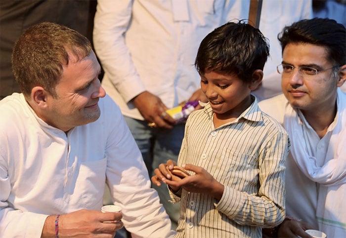 चुनाव से पहले राजस्थान के धौलपुर दौरे पर राहुल गांधी