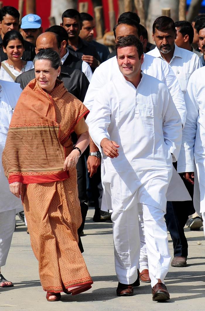Rahul Gandhi files his nominations from Amethi