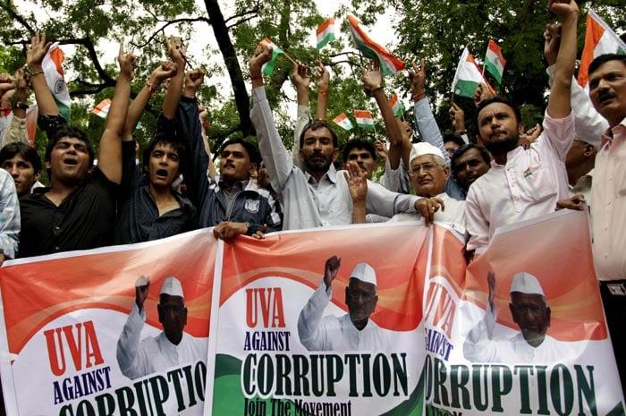 anna hazares movement against corruption Victory of veteran anna hazare's crusade against corruption the website of the india against corruption movement calls victory of veteran anna.
