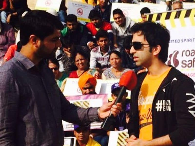 Indian Cueist Pankaj Advani Supports The Road To Safety Campaign