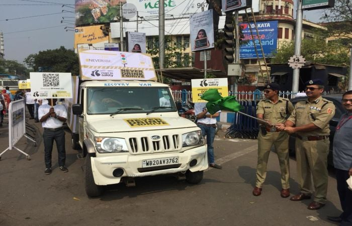 In Pics: Kolkata Pledges To #NeverDrinkAndDrive And Adopt Road Safety Measures