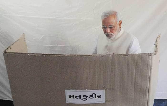 India casts votes in Round 7