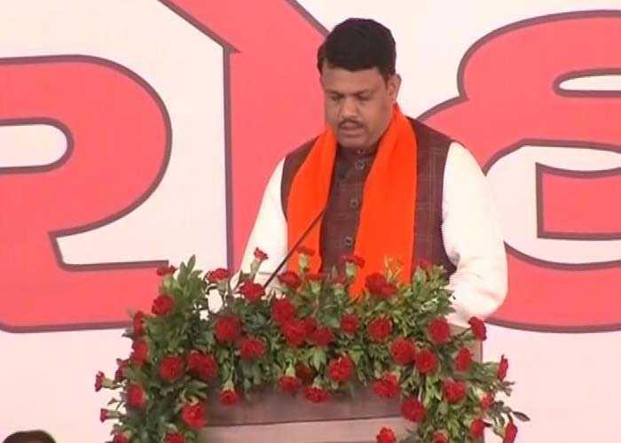 Vijay Rupani Takes Oath As Gujarat Chief Minister: Pics