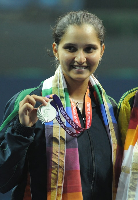 Proud Sania shows her Silver