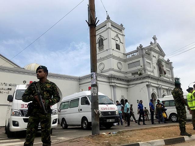 Photo : ईस्टर के मौके पर 8 धमाकों से दहला श्रीलंका, 207 की मौत और 400 से अधिक घायल