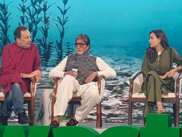 Banega Swasth India: जसबीर जस्सी और पलक मुच्छल ने गाया गाना, दिया और नेहा धूपिया भी हुईं शामिल