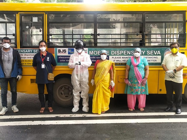 Photo : From Thermal Screenings To Home Delivery Of Medicines, Meet The NGO From Pune Fighting The Pandemic On Multiple Fronts