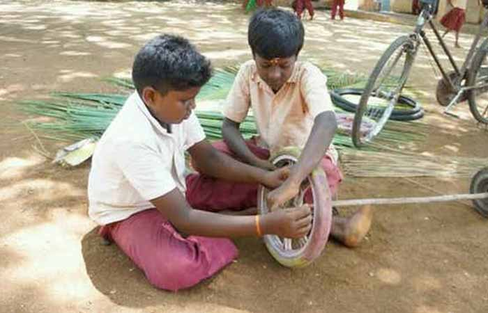 Little Swachh Warriors Built A Sweeping Vehicle From Waste Materials To Help The Elderly Cleaner In School