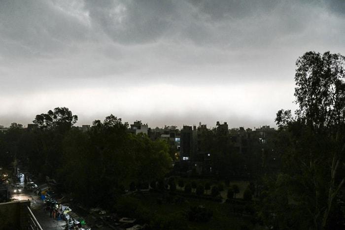 In Pics: Thunderstorm, Rain Lashes North India, Kolkata