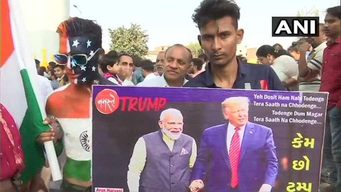कुछ यूं बाहें फैलाकर अमेरिकी राष्ट्रपति ट्रंप के स्वागत के लिए तैयार है अहमदाबाद, देखिए शानदार तस्वीरें