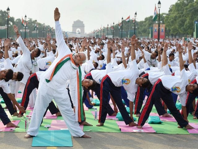 Photo : Yoga Day: 45,000 Participants Joined PM Modi to Perform Yoga at Rajpath