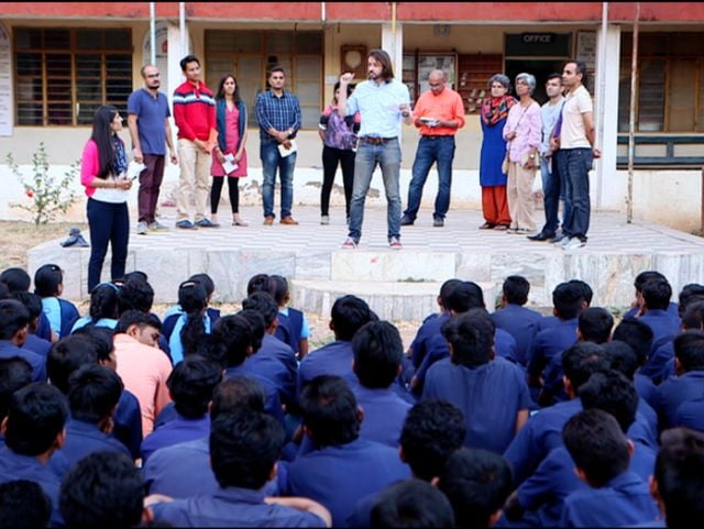 Photo : How The Real Deal Contestants Tackled the Social Problems Related to Leprosy