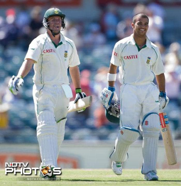 2004: South Africa beat Australia by nine wickets
