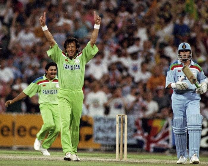 1992: Imran inspires Pakistan