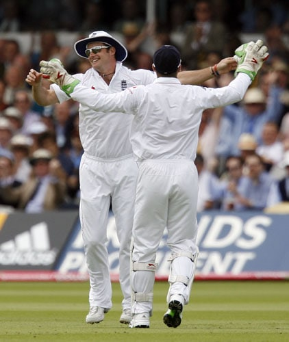 Ashes: 2nd Test, Day 3