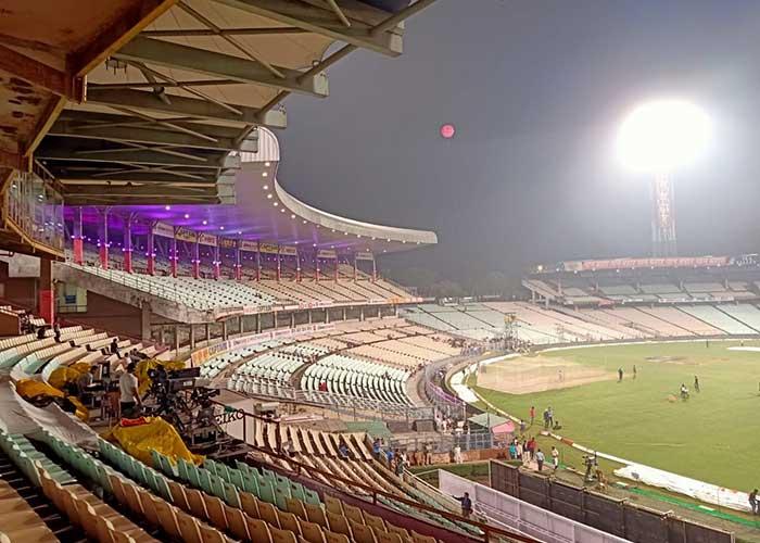 গোলাপি বলে ভারত বাংলাদেশের ঐতিহাসিক টেস্টের আগে সেজে উঠেছে ইডেন গার্ডেন