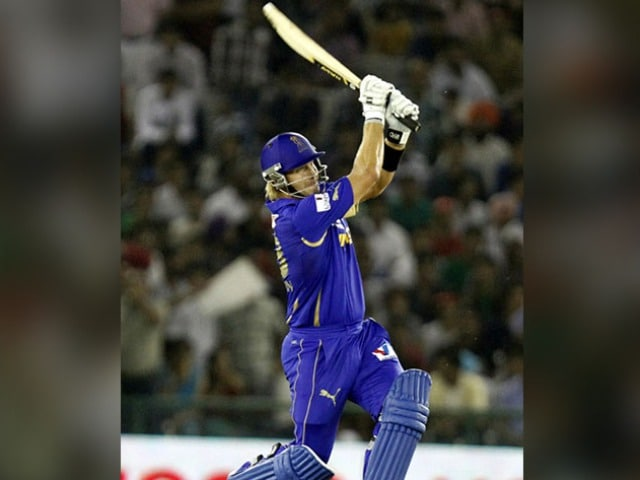 Photo : IPL के इतिहास में सबसे ज्यादा छक्के लगाने वाले टॉप 5 खिलाड़ी