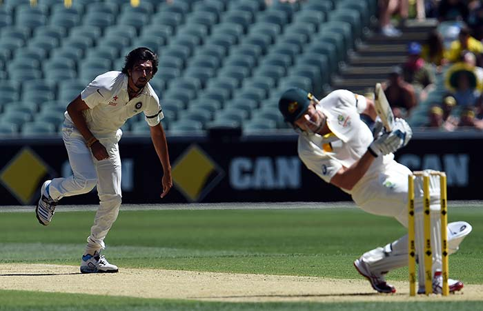 1st Test, Day 1: Warner Ton Helps Emotional Australia Dominate India