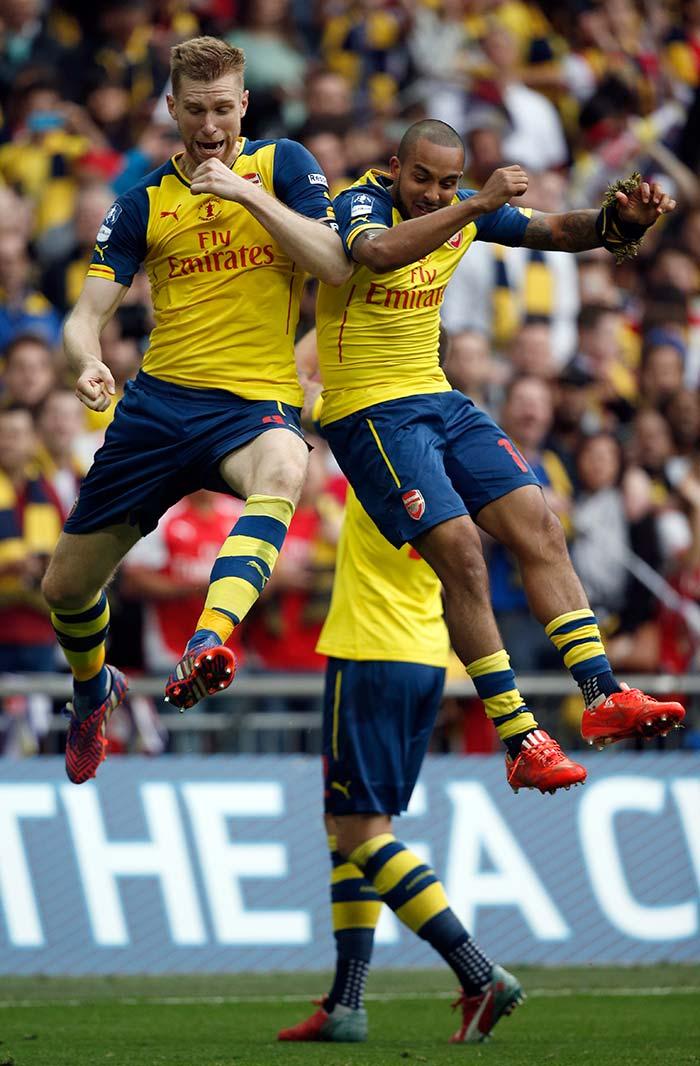 Arsenal Defeat Aston Villa to Win FA Cup | Photo Gallery