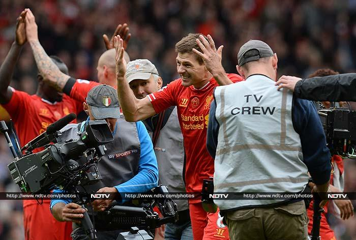 EPL: Liverpool beat Manchester City 3-2 to stay on course for title