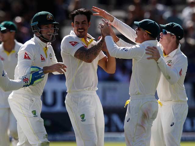 Photo : Ashes 2015: Johnson, Smith Inspire Australia's Crushing Win Over Australia