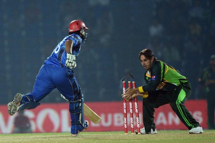 Asia Cup: Pakistan earn bonus point with 72-run win over Afghanistan