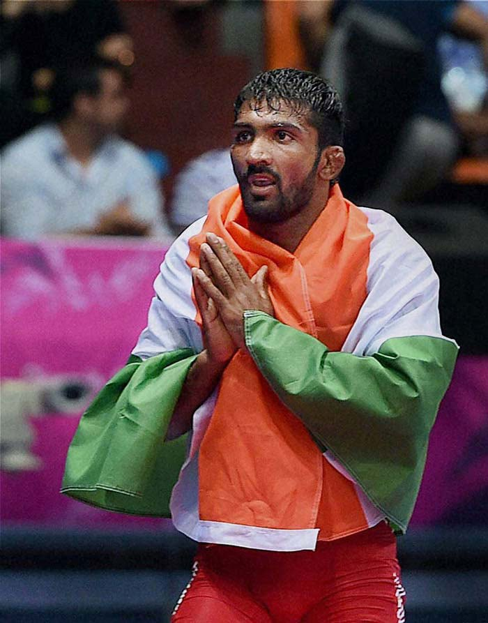 Photo : Asian Games: Yogeshwar Dutt Bags Historic Gold, Sania Mirza Wins Bronze