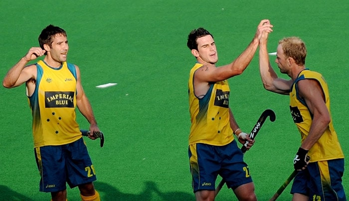 Australia beat Spain 2-0