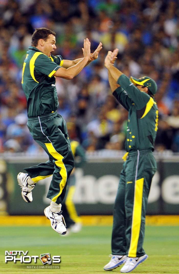 1st ODI: Australia vs India