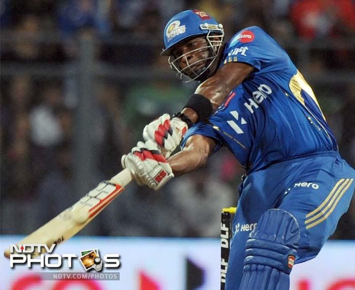 IPL 5: Bangalore clobber Mumbai by 9 wickets
