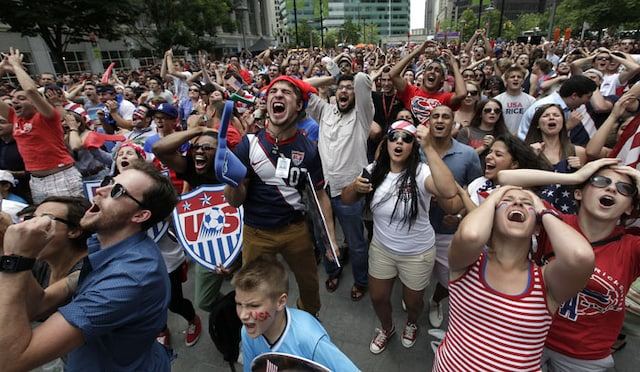 Fans Cheer USA as They Make Last 16 of FIFA World Cup