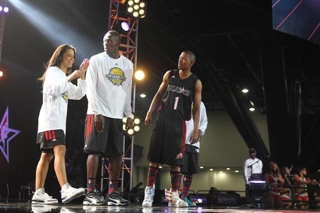 Bolt graces the basketball court