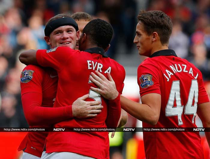 Manchester United, Arsenal record wins