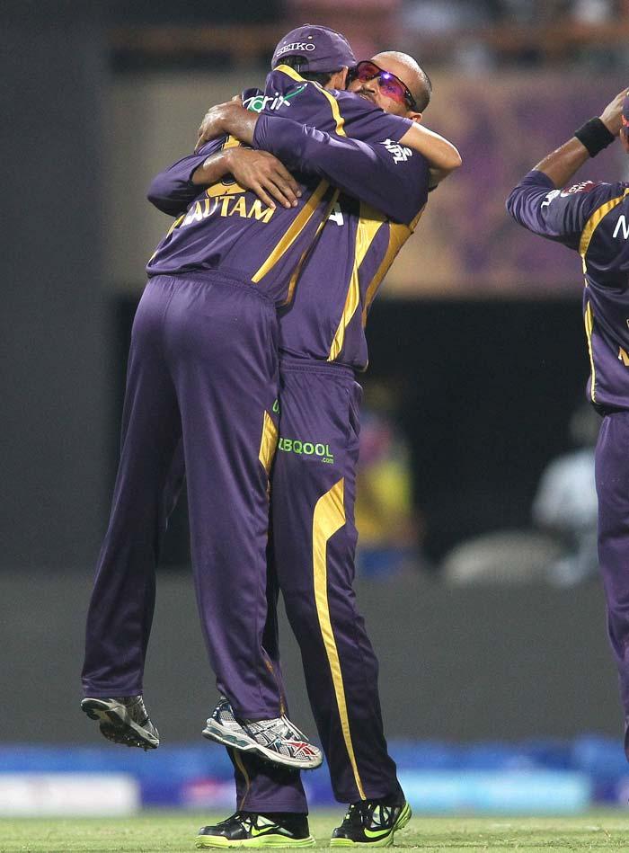 IPL 2013: Chennai go past Kolkata by 4 wickets