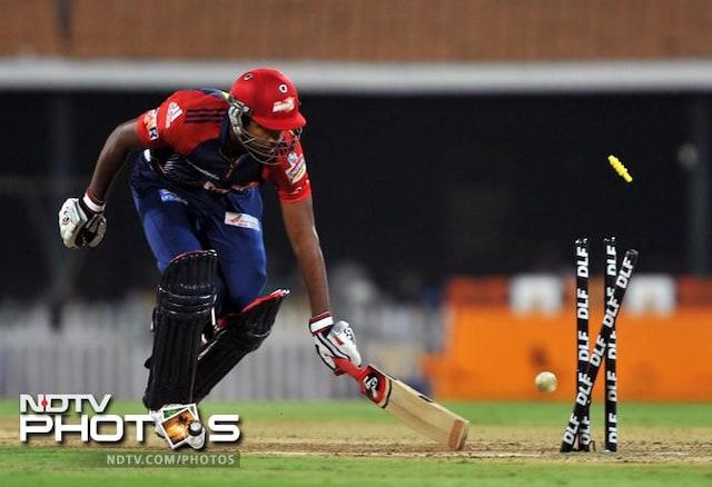 Chennai hammer Delhi by 86 runs to reach IPL 5 final