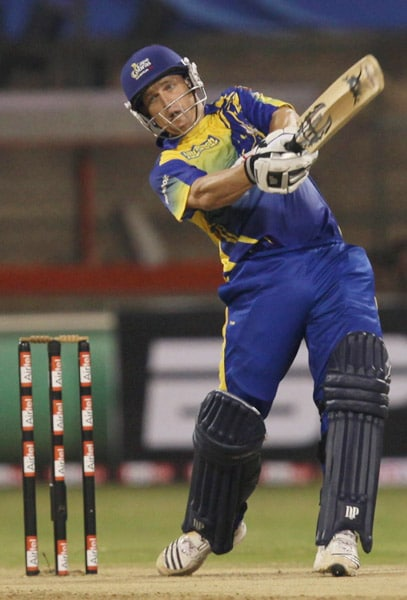 CLT20: Victoria vs Cobras