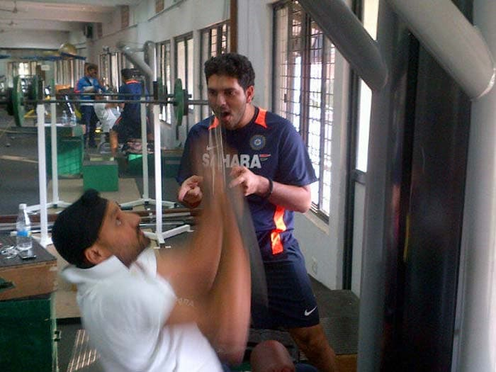 Yuvraj eggs on Harbhajan in the gym