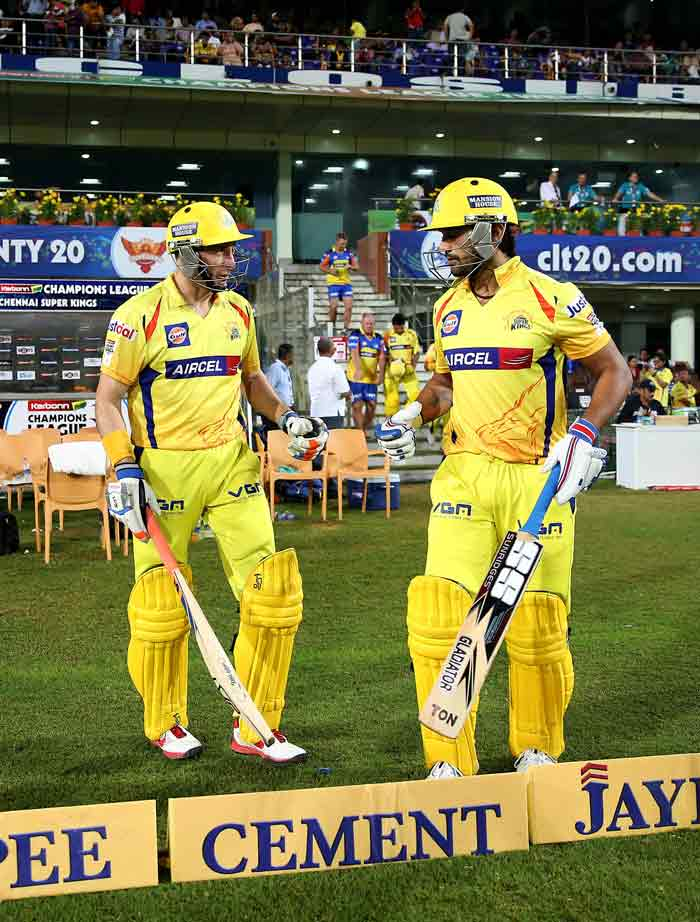 CLT20 2013: Mike Hussey takes Chennai Super Kings to semifinals
