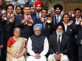 Photo : PM meets medal winners