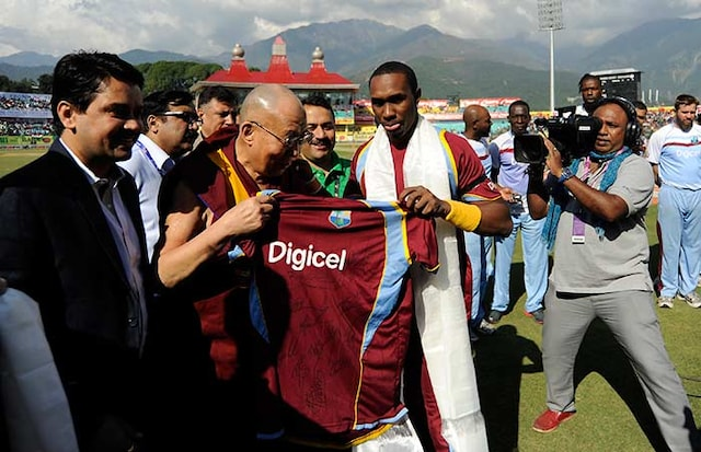 Cricketers Day Out With Dalai Lama