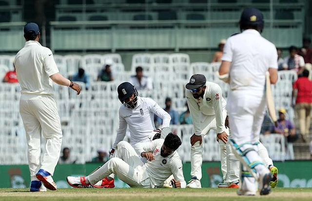 5th Test: India Trail England by 417 Runs at Stumps