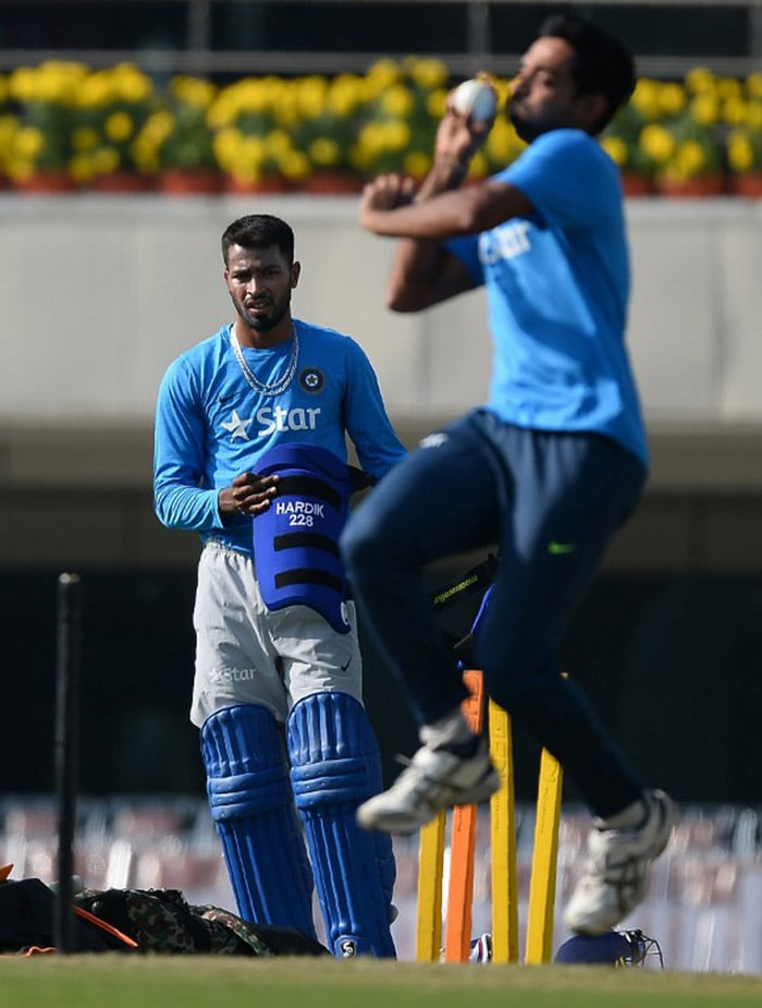 Rejuvenated MS Dhoni Eyes Series Win For India