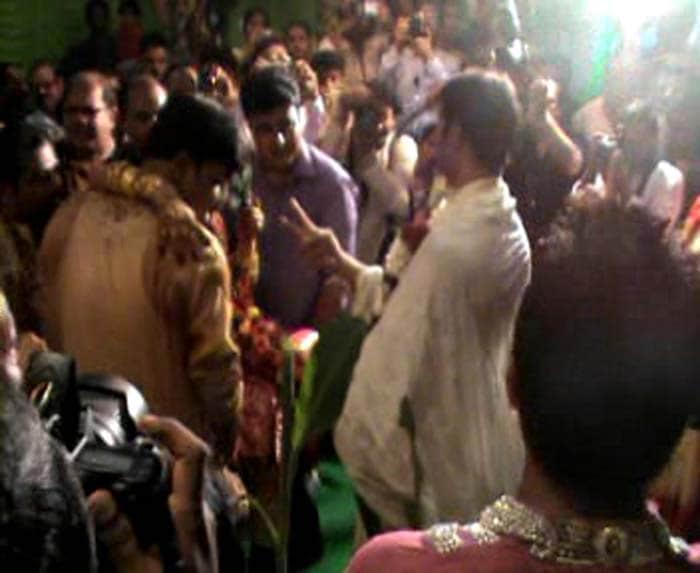 Ashok Dinda ties the knot